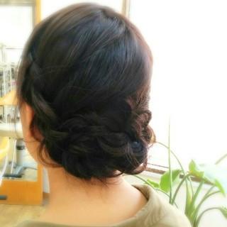 大人かわいい 暗髪 簡単ヘアアレンジ ミディアム ヘアスタイルや髪型の写真・画像