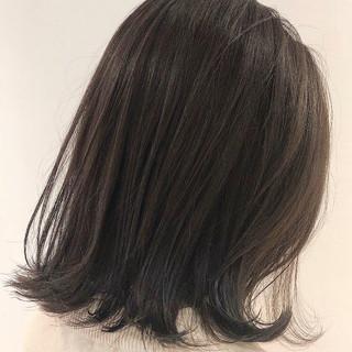 ナチュラル ミディアム 切りっぱなしボブ ヘアスタイルや髪型の写真・画像