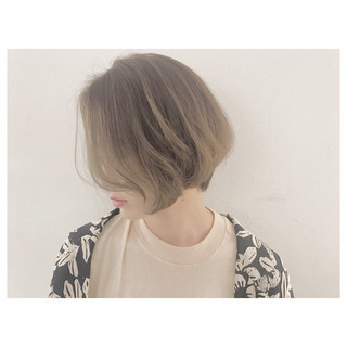 ハイライト ナチュラル ウェーブ リラックス ヘアスタイルや髪型の写真・画像