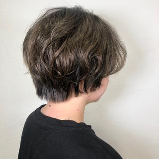ショートヘア イルミナカラー フェミニン ショート ヘアスタイルや髪型の写真・画像
