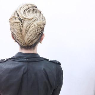 小顔 こなれ感 モード ショート ヘアスタイルや髪型の写真・画像