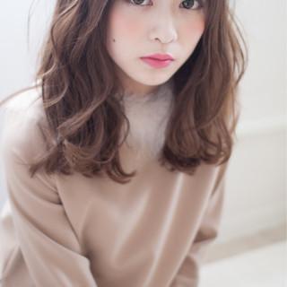 小顔 前髪あり 大人かわいい セミロング ヘアスタイルや髪型の写真・画像