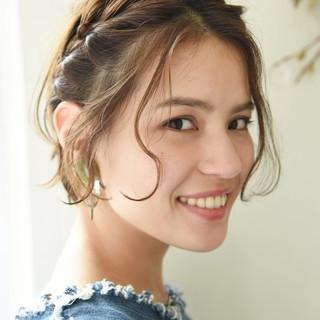 簡単ヘアアレンジ ナチュラル 編み込み 外国人風 ヘアスタイルや髪型の写真・画像
