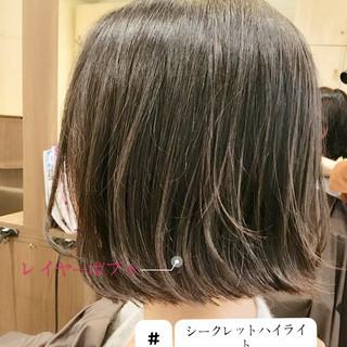 ミニボブ アディクシーカラー 切りっぱなしボブ ハイライト ヘアスタイルや髪型の写真・画像
