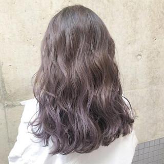 ラベンダー 外国人風カラー ハイライト バレイヤージュ ヘアスタイルや髪型の写真・画像