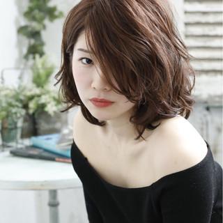 ニュアンス ゆるふわ ウェーブ フェミニン ヘアスタイルや髪型の写真・画像 | hisashi nagasawa / switch 東京都 東中野駅 美容室