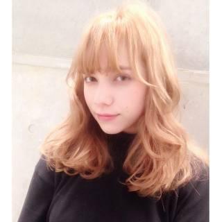 ハイトーン ストリート ミディアム 透明感 ヘアスタイルや髪型の写真・画像
