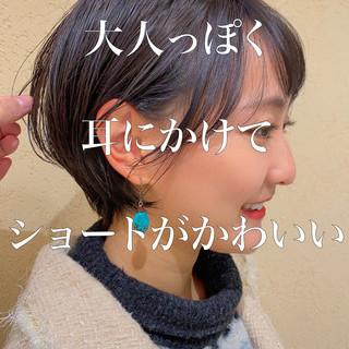 ショートボブ ミニボブ インナーカラー ナチュラル ヘアスタイルや髪型の写真・画像