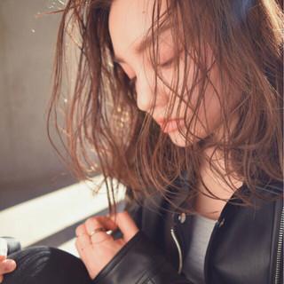 グラデーションカラー ハイライト アッシュ 外国人風 ヘアスタイルや髪型の写真・画像
