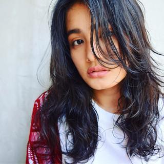 黒髪 外国人風 ストリート パーマ ヘアスタイルや髪型の写真・画像