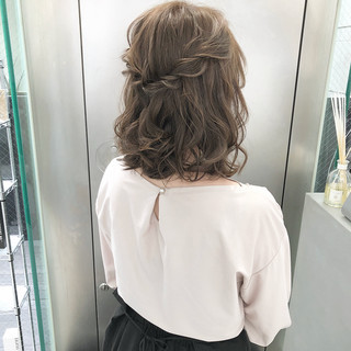 ミディアム ナチュラル ヘアアレンジ 大人可愛い ヘアスタイルや髪型の写真・画像