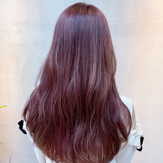 ピンクベージュ 外国人風カラー チェリーピンク ロング ヘアスタイルや髪型の写真・画像 ヘアスタイルや髪型の写真・画像