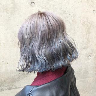 ブルー バレイヤージュ シルバーアッシュ 外国人風カラー ヘアスタイルや髪型の写真・画像 ヘアスタイルや髪型の写真・画像