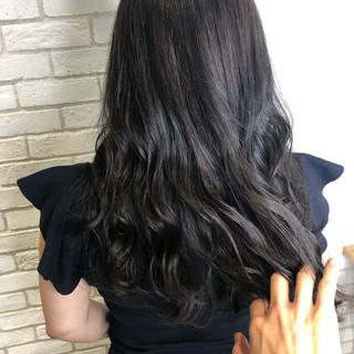 ナチュラル 髪質改善 ロング アッシュグレー ヘアスタイルや髪型の写真・画像