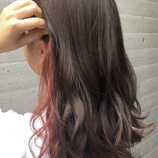 外国人風カラー ミディアム ベリーピンク ラベンダーピンク ヘアスタイルや髪型の写真・画像