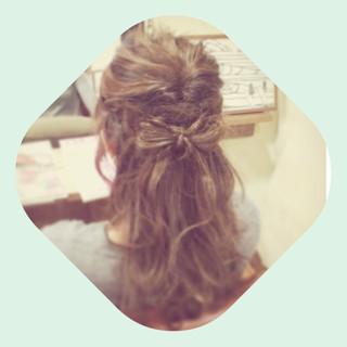 大人かわいい セミロング ヘアアレンジ 外国人風 ヘアスタイルや髪型の写真・画像