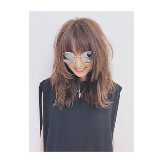 アンニュイほつれヘア デジタルパーマ グレージュ ナチュラル ヘアスタイルや髪型の写真・画像