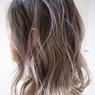 ボブ 外国人風カラー バレイヤージュ ハイライト ヘアスタイルや髪型の写真・画像