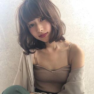 ミディアム アンニュイ ナチュラル グラデーションカラー ヘアスタイルや髪型の写真・画像
