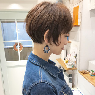 ベリーショート ショート 小顔 似合わせ ヘアスタイルや髪型の写真・画像