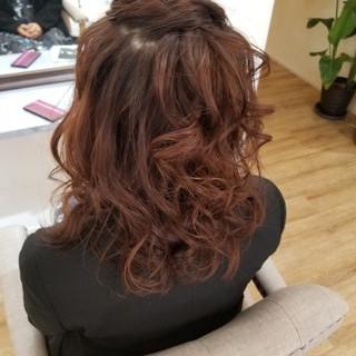 結婚式ヘアアレンジ ハーフアップ ヘアアレンジ セミロング ヘアスタイルや髪型の写真・画像