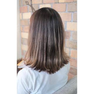 インナーカラー 女子会 アンニュイ ヘアアレンジ ヘアスタイルや髪型の写真・画像