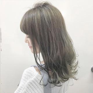 ハイライト 冬 フェミニン ミディアム ヘアスタイルや髪型の写真・画像