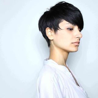 ブラウン 外国人風 ショート 黒髪 ヘアスタイルや髪型の写真・画像 ヘアスタイルや髪型の写真・画像
