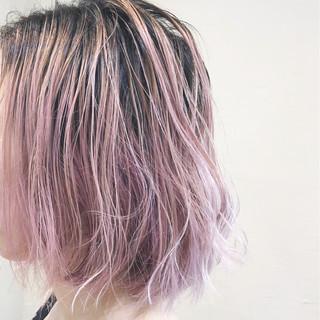 グラデーションカラー ストリート ハイライト ピンク ヘアスタイルや髪型の写真・画像