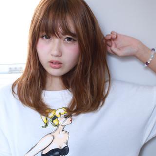 フェミニン アッシュ ハイライト ガーリー ヘアスタイルや髪型の写真・画像