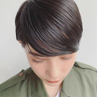 ハイトーン 外国人風 暗髪 ストレート ヘアスタイルや髪型の写真・画像