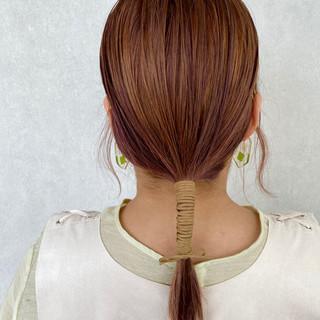 ミディアム 紐アレンジ パープルカラー ウルフカット ヘアスタイルや髪型の写真・画像