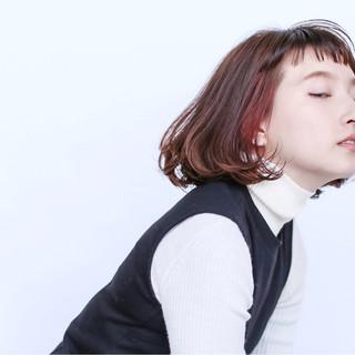 ナチュラル ピュア ハイライト 前髪あり ヘアスタイルや髪型の写真・画像