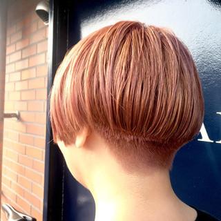 刈り上げ 春 ショート ストリート ヘアスタイルや髪型の写真・画像