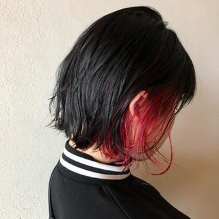 レッドカラー インナーカラー赤 ストリート インナーカラーレッド ヘアスタイルや髪型の写真・画像