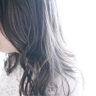 アッシュ ナチュラル グレージュ セミロング ヘアスタイルや髪型の写真・画像 ヘアスタイルや髪型の写真・画像