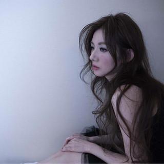 暗髪 ロング ナチュラル ヘアアレンジ ヘアスタイルや髪型の写真・画像