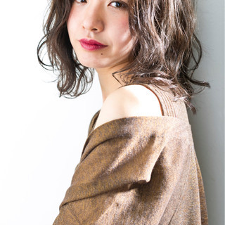 色気 切りっぱなし ロブ 前髪あり ヘアスタイルや髪型の写真・画像