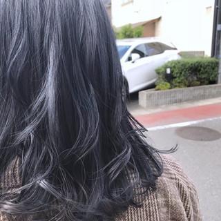 ネイビー グレー ブルージュ フェミニン ヘアスタイルや髪型の写真・画像