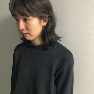 ナチュラル ミディアム 女子力 シースルーバング ヘアスタイルや髪型の写真・画像