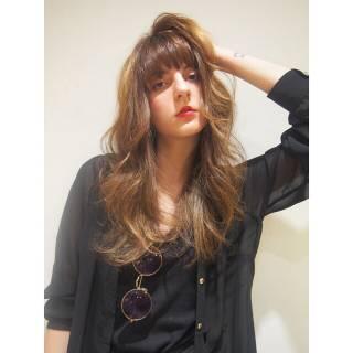 春 ロング パンク 外国人風 ヘアスタイルや髪型の写真・画像