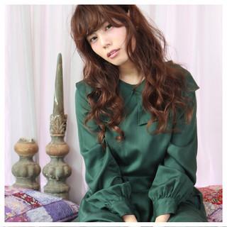 大人かわいい ガーリー パーマ アッシュ ヘアスタイルや髪型の写真・画像