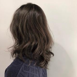 圧倒的透明感 セミロング 外国人風カラー ナチュラル ヘアスタイルや髪型の写真・画像 ヘアスタイルや髪型の写真・画像