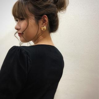 ヘアアレンジ ガーリー お団子ヘア セミロング ヘアスタイルや髪型の写真・画像