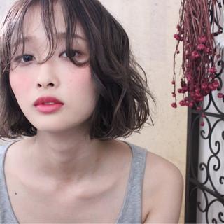 秋 ウェーブ ナチュラル 透明感 ヘアスタイルや髪型の写真・画像