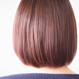 ボブ ピンクアッシュ ピンクベージュ ナチュラル ヘアスタイルや髪型の写真・画像
