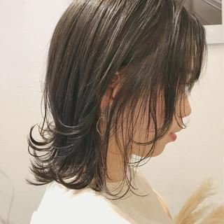 フェミニン ヘアアレンジ 黒髪 オフィス ヘアスタイルや髪型の写真・画像