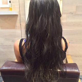 ストリート 黒髪 暗髪 外国人風 ヘアスタイルや髪型の写真・画像