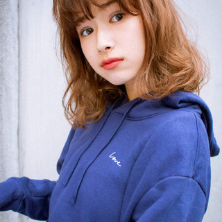 アンニュイほつれヘア セミロング フェミニン 簡単ヘアアレンジ ヘアスタイルや髪型の写真・画像