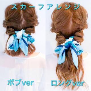 簡単ヘアアレンジ ヘアアクセ オフィス フェミニン ヘアスタイルや髪型の写真・画像